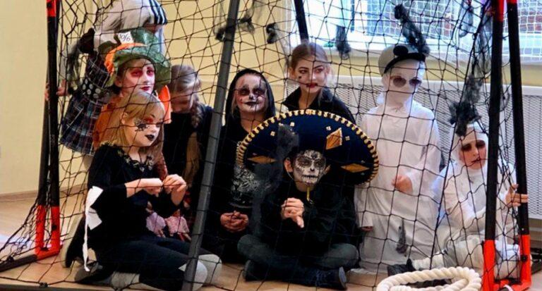 В Хэллоуин мы превратилась в сказочную страну